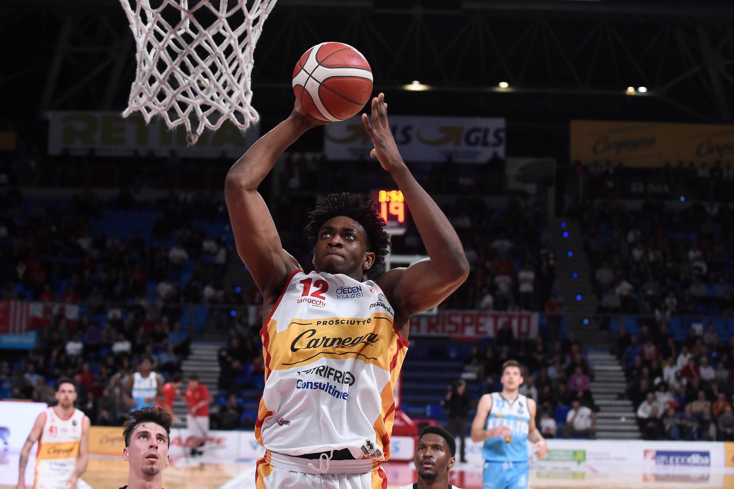 L'in bocca al lupo dalla Carpegna Prosciutto Basket Pesaro a Paul Eboua per  l'NBA Draft Combine